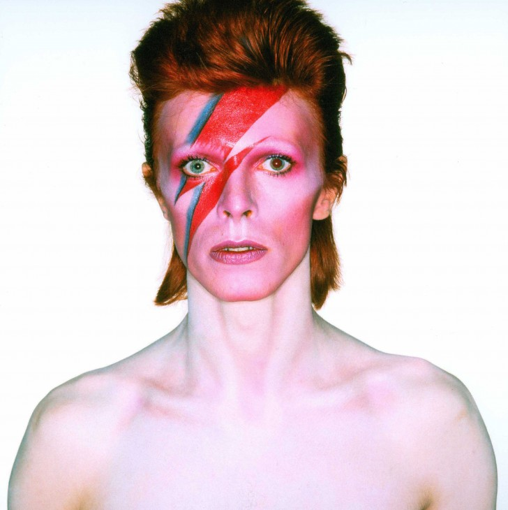 Photographie-pour-la-couverture-de-Aladdin-Sane-1973-c-Brian-Duffy-Duffy-Archive-and-The-David-Bowie-Archive3-728x730