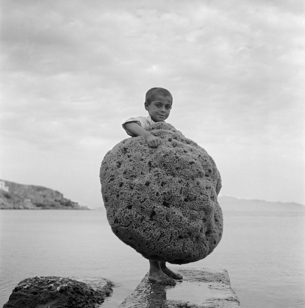 Dimitris Charisiadis, Île de Kalymnos 1950